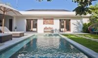 Swimming Pool - Umah Kupu Kupu - Seminyak, Bali