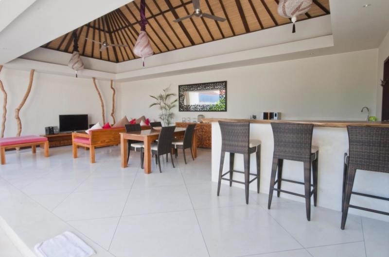 Living and Dining Area - Umah Kupu Kupu - Seminyak, Bali