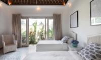 Twin Bedroom - Umah Di Desa - Batubelig, Bali