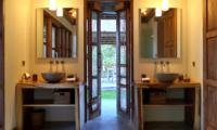 His and Hers Bathroom - Umah Jae - Ubud, Bali