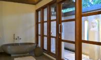 Bathtub - Umah Jae - Ubud, Bali