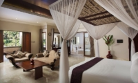 Bedroom and En-Suite Bathroom - Viceroy Bali - Ubud, Bali