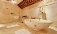 En-Suite Bathroom with Bathtub - Viceroy Bali - Ubud, Bali