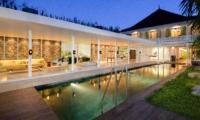 Swimming Pool - Villa 1880 - Batubelig, Bali