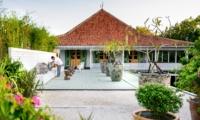 Outdoor Seating Area - Villa 1880 - Batubelig, Bali