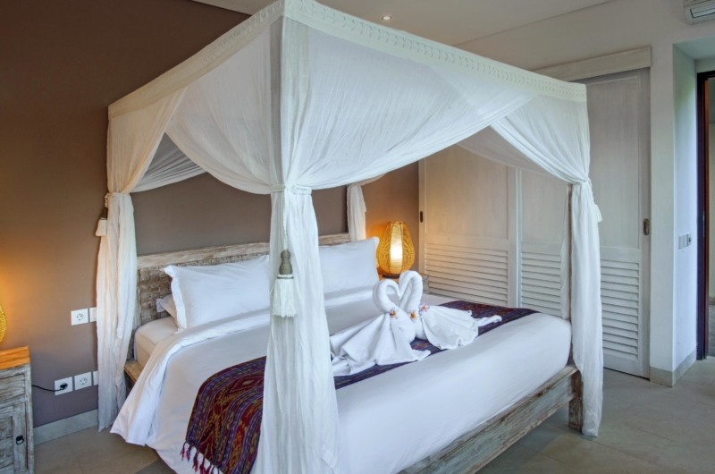 Four Poster Bed - Villa Abakoi - Seminyak, Bali