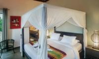Bedroom with Table Lamps - Villa Abakoi - Seminyak, Bali