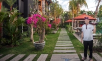 Lawns - Villa Abakoi - Seminyak, Bali