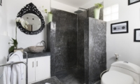 Bathroom with Shower - Villa Abida - Seminyak, Bali