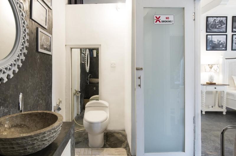 En-Suite Bathroom - Villa Abida - Seminyak, Bali