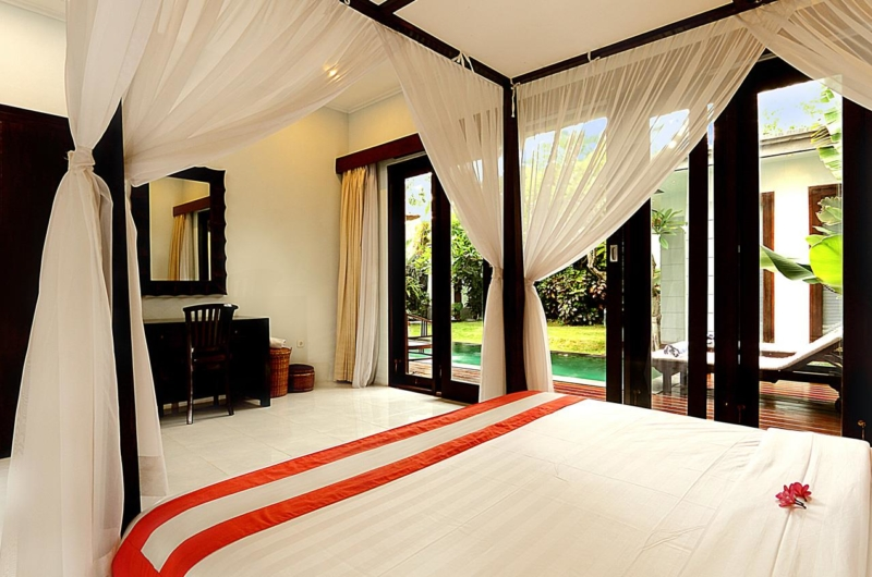 Bedroom with Garden View - Villa Abimanyu II - Seminyak, Bali