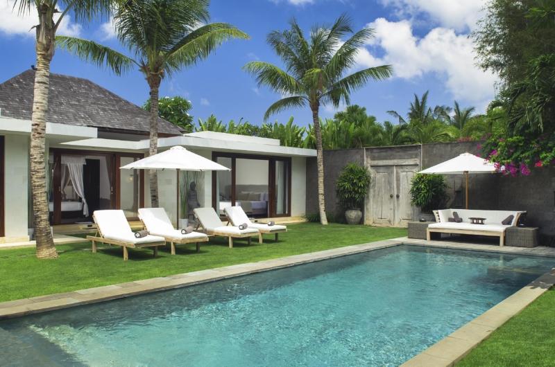 Pool Side Seating Area - Villa Alabali - Seminyak, Bali