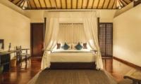 Bedroom with TV - Villa Alabali - Seminyak, Bali