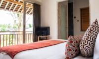 Bedroom and Balcony - Villa Alea - Kerobokan, Bali
