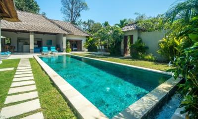 Swimming Pool - Villa Alore - Seminyak, Bali