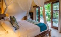 Bedroom with Garden View - Villa Alore - Seminyak, Bali