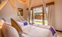 Twin Bedroom with Garden View - Villa Alore - Seminyak, Bali