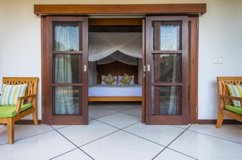 Bedroom and Balcony - Villa Alore - Seminyak, Bali