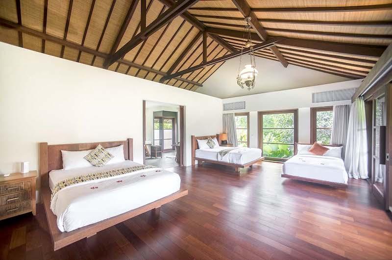 Bedroom Two with Wooden Floor - Villa Amita - Canggu, Bali