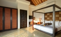 Bedroom with Four Poster Bed - Villa Amman Residence - Seminyak, Bali
