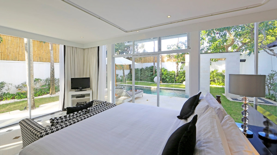Bedroom with Pool View - Villa Amore - Seminyak, Bali