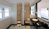 Bathroom with Mirror - Villa Amore - Seminyak, Bali