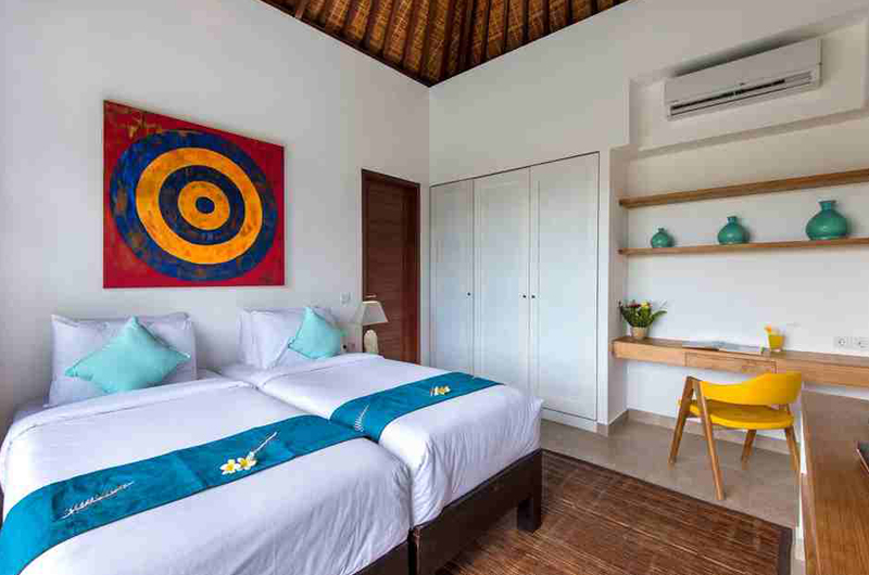 Twin Bedroom with Study Table - Villa Anam - Seminyak, Bali