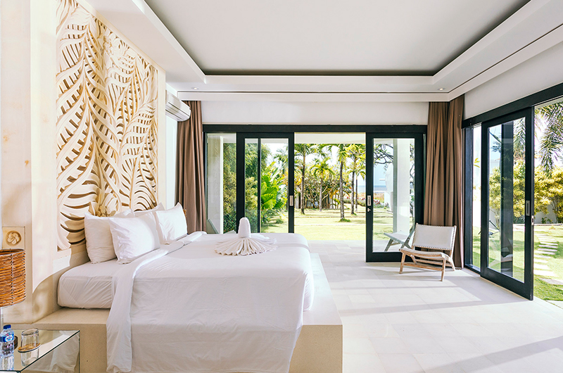 Bedroom with Garden View - Villa Anucara - Seseh, Bali