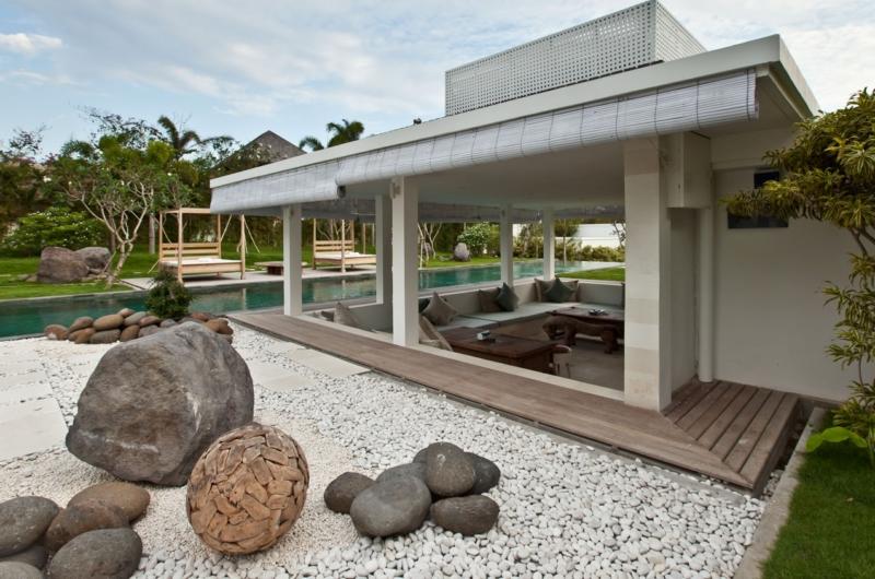 Pool Side - Villa Anucara - Seseh, Bali