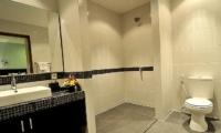 Bathroom - Villa Arama Riverside - Seminyak, Bali