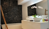 His amd Hers Bathroom - Villa Arta - Seminyak, Bali