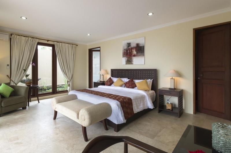 Bedroom with Seating Area - Villa Asada - Candidasa, Bali