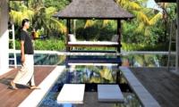Pool with Staff - Villa Asante - Canggu, Bali