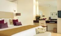 Bedroom with Study Table and TV - Villa Asante - Canggu, Bali