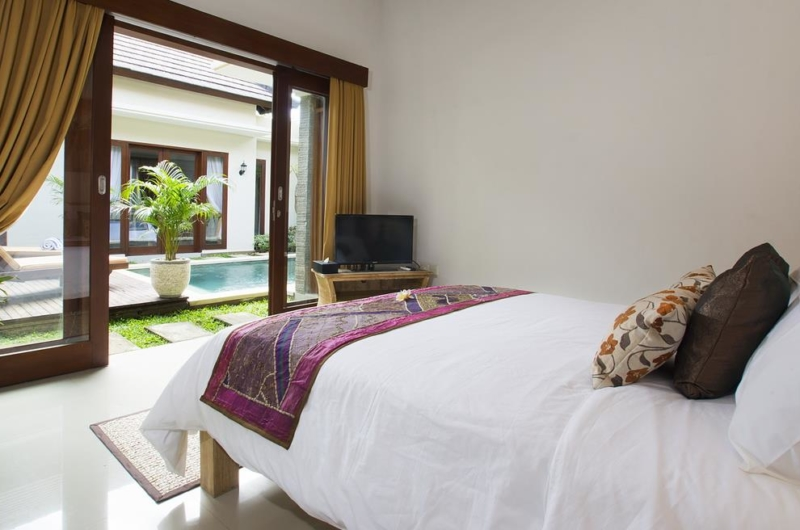 Bedroom View with TV - Villa Ashna - Seminyak, Bali