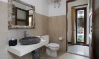 Bathroom with Mirror - Villa Ashna - Seminyak, Bali