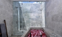 Romantic Bathtub Set Up - Villa Ashoka - Canggu, Bali