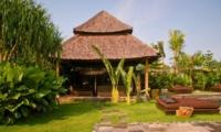 Sun Beds - Villa Asli - Canggu, Bali