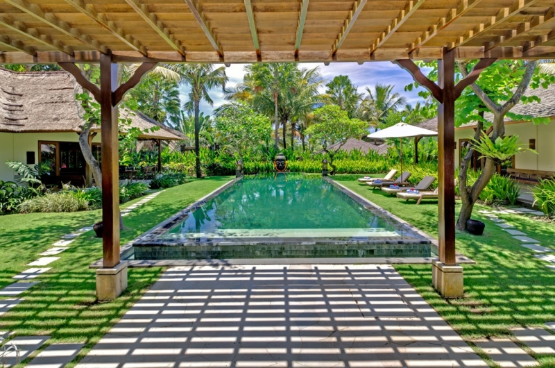 Gardens and Pool - Villa Asmara - Seseh, Bali