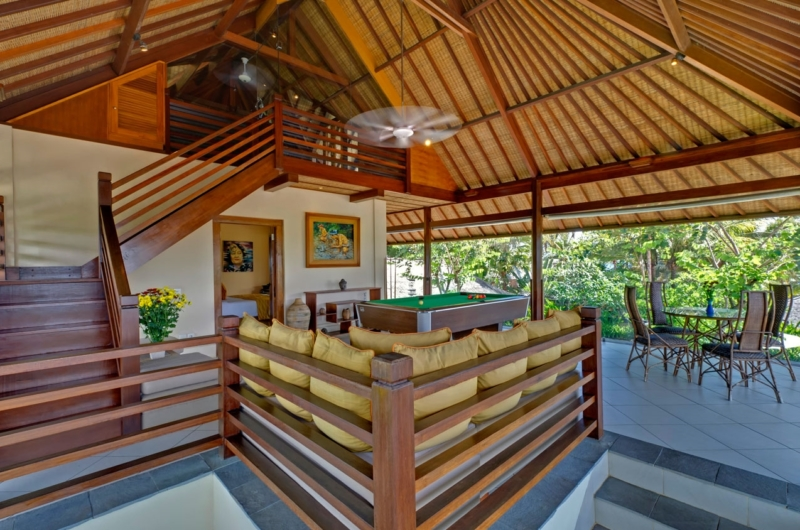 Living Area with Billiard Table - Villa Asmara - Seseh, Bali