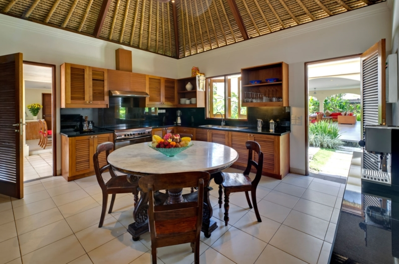 Kitchen and Dining Area - Villa Asmara - Seseh, Bali