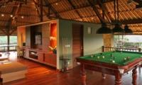 Billiard Table - Villa Asta - Batubelig, Bali