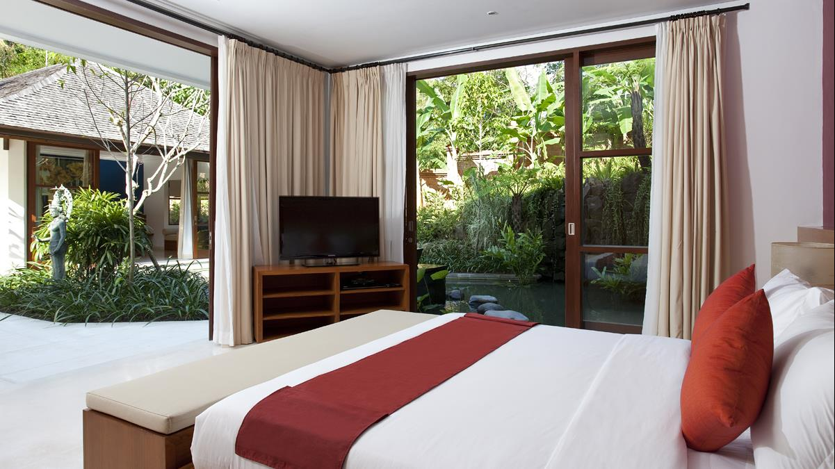 Bedroom with TV - Villa Atacaya - Seseh, Bali