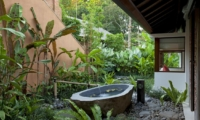 Outdoor Bathtub - Villa Atacaya - Seseh, Bali