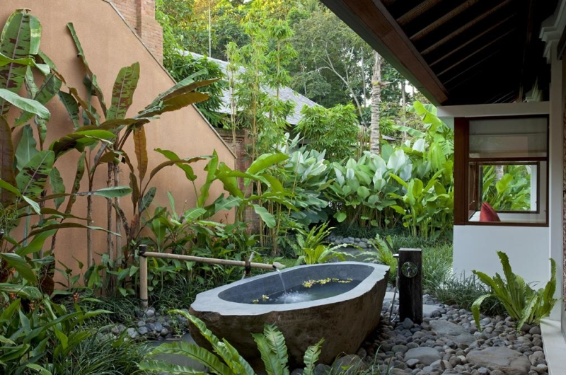Outdoor Bathtub - Villa Atacaya - Seseh, Bali
