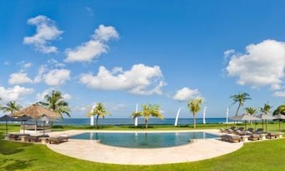 Bali Villa Atas Ombak 01