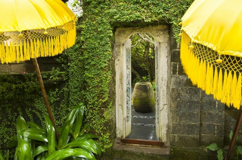 Entrance - Villa Atas Ombak - Batubelig, Bali