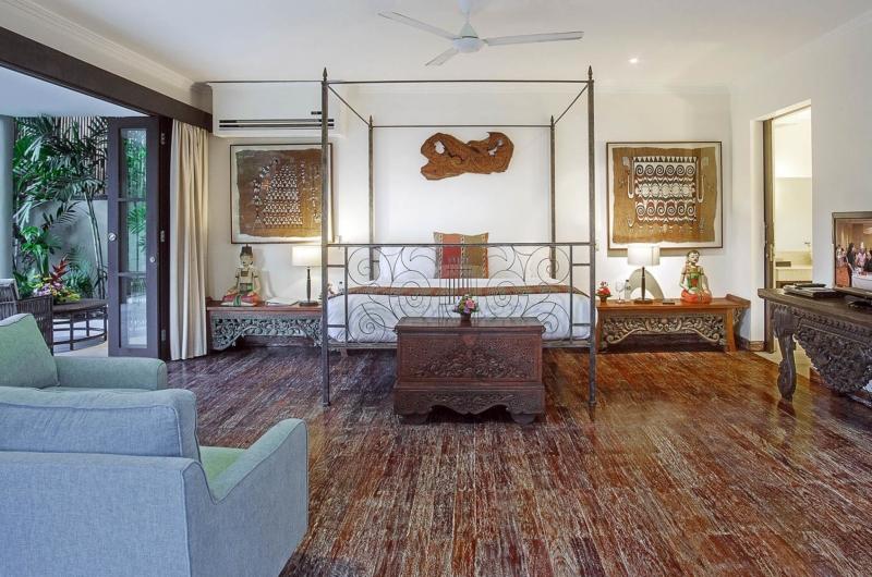 Bedroom with Wooden Floor - Villa Avalon Bali - Canggu, Bali