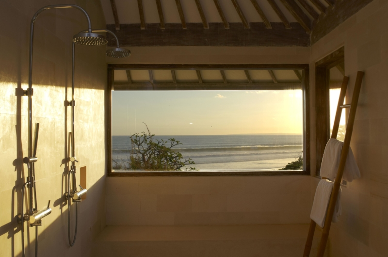Bathroom with Shower - Villa Babar - Tabanan, Bali