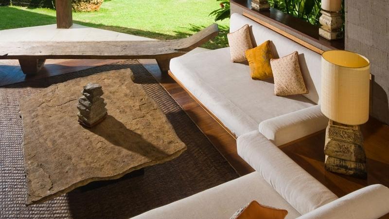 Open Plan Seating Area with Garden View - Villa Bali Bali - Umalas, Bali